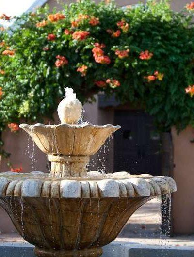 Hotel Old Town Albuquerque's courtyard